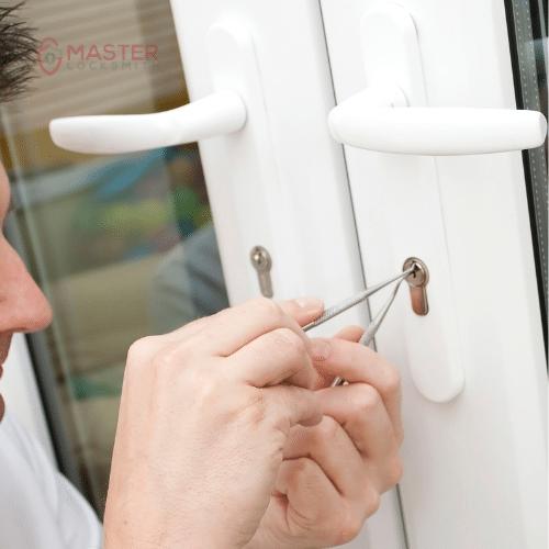 Emergency Locksmith Service- Master Locksmith